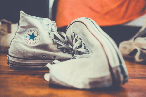 how to clean converse shoes